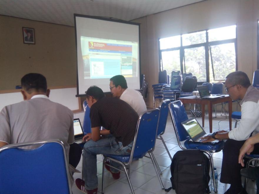 Pelatihan Operator Website Desa